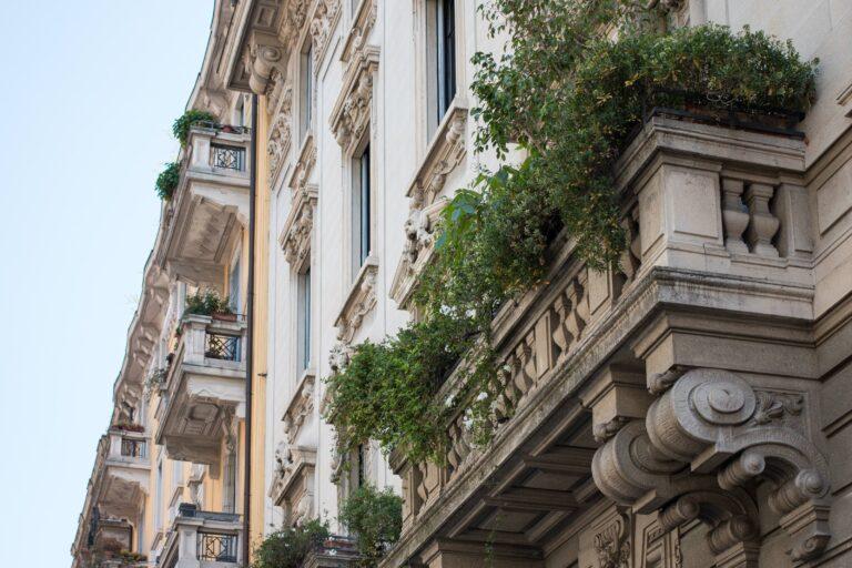 Canva Balcony Milan Facade Architecture City Hauswand 1